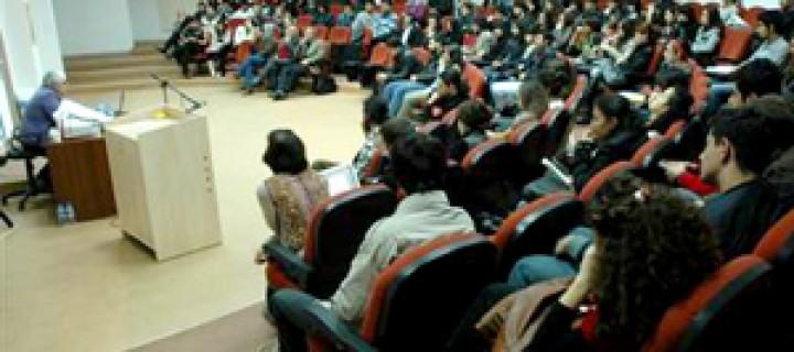 Akdeniz Üniversitesi'nde HES Paneli Düzenlendi
