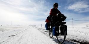 Kanadalı Bisikletçi Kızlar Kars'ta