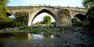 Valide Sultan Köprüsü