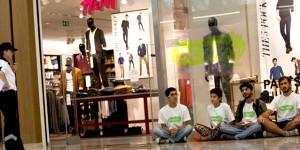 H&M'de Toksik Eylemi