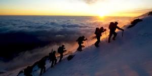Greenpeace Tırmanışçıları Fuji Dağı Zirvesinde