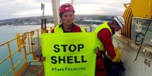 Greenpeace Shell'in Petrol Gemisine Karşı Eylem Yaptı!