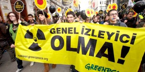 Taksim'de Nükleer Balonu Patladı