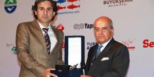 Kocaeli Büyükşehir'e Mavi Yunus Ödülü Verildi