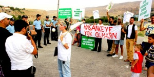 Protestolardan Kaçan Bakan Veysel Eroğlu Hasankeyf'e Girmedi?