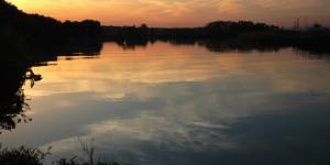 Suya Düşen Günbatımı