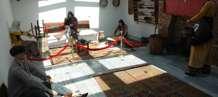 Restore Edilen Tarihi Hamam, Etnografya Sergi Salonu Olarak Açıldı