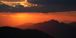 Anamas'ta Güne Veda