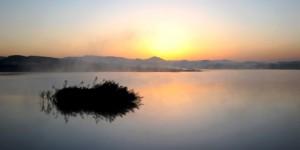 Emre Gölü'nde Gün Doğumu