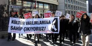 İstanbul Üniversitesi Öğrencilerinden Örnek Eylem