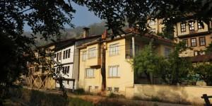 'Tatil Köyü' mü, Yoksa 'Köy Tatili' mi?