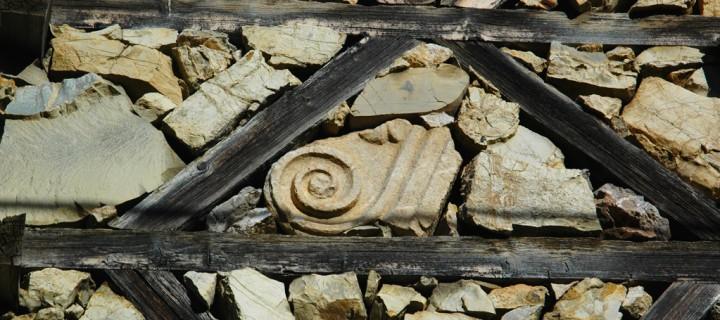 Antik Eserlerle Süslü Evler