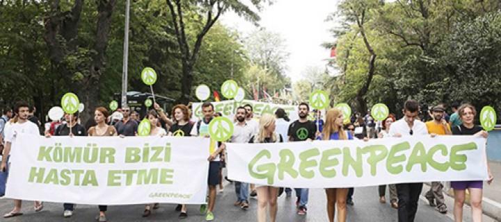 Binlerce İnsan Kadıköy'de #direngezegen Dedi
