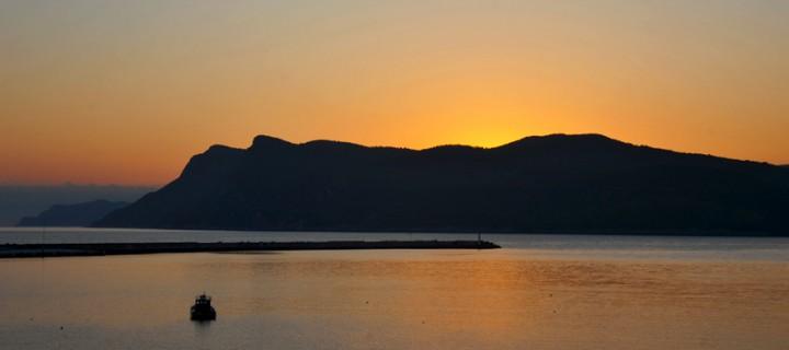 Büyük Liman'da Gün Doğumu / Amasra