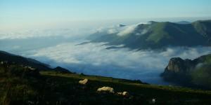 Galyan Vadisi Bulutlar Altında