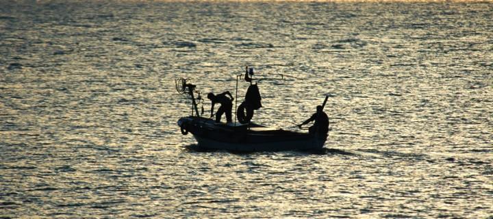 Akşam Günbatımında Balıkçılar