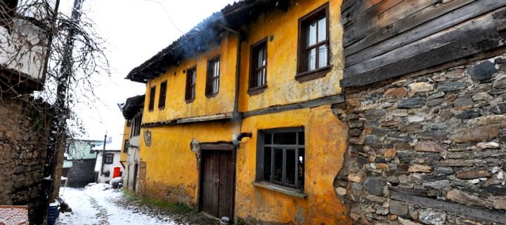 Cumalıkızık'ta Yılın İlk Karı -13