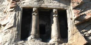 Paflagonya Kaya Mezarı