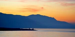 İznik Gölü'nde Büyülü Günbatımları -1