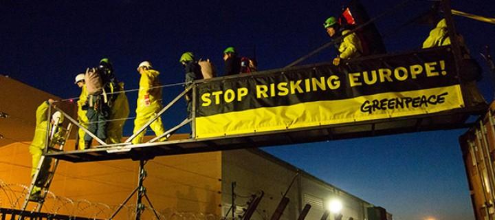 Fransa'da Nükleer Santralde Greenpeace Eylemi