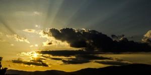 21 Haziran / Güneşin Yengeç 'Seretan' Burcuna Girmesi. Yaz Mevsiminin Başlaması. Gündönümü Fırtınası.