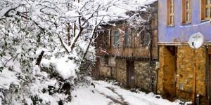 Cumalıkızık'ta Yılın İlk Karı -36