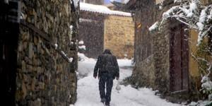 Cumalıkızık'ta Yılın İlk Karı -31