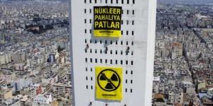 Mersin'de Greenpeace Eylemi: Nükleer Pahalıya Patlar