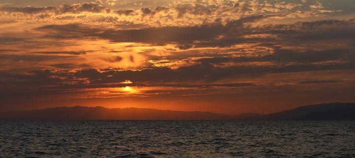 18 Ekim / Kırlangıç Fırtınası (Kırlangıçların Anadolu'dan Göç Zamanı). Koz Kavuran Fırtınası (Kuzey Ege ve Marmara'nın Batısındaki Lodos Fırtınası)