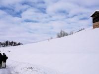 Keles Gököz Göledi, Maramşah Yaylası ve Baraklı Köyü: 7 km