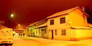 Pazaryeri'nde Kış Gecesi