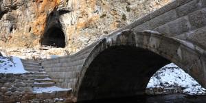 Zindan Mağarası ve Antik Yerleşimi